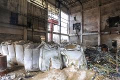 Napustene-fabricke-zgrade-u-krugu-HAK-a-Tuzla