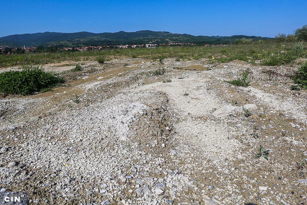 Kruks-na-kalesijskoj-deponiji-2