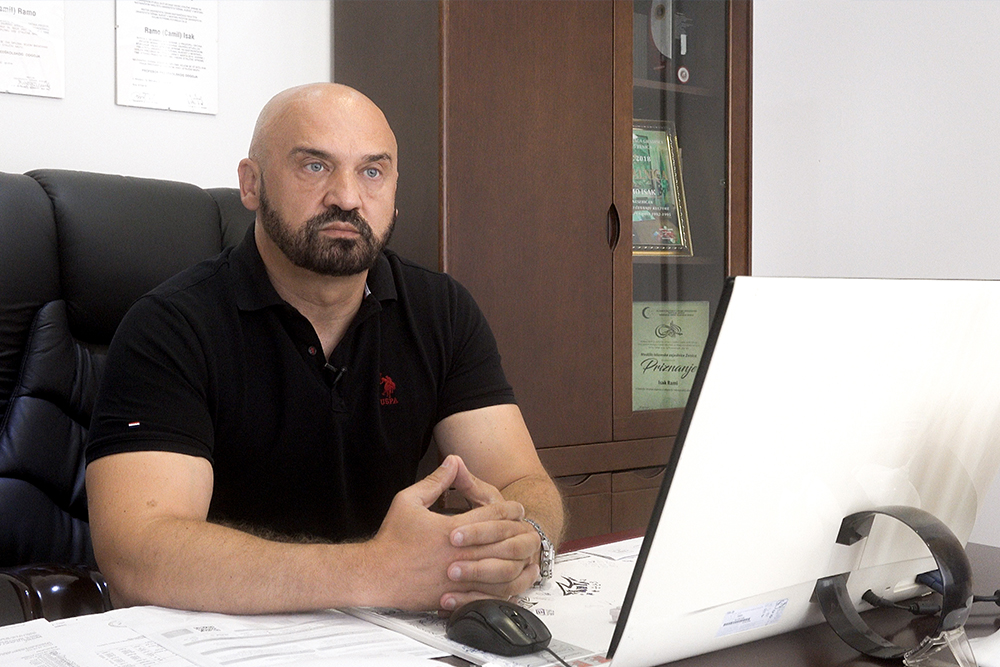 Ramo Isak je nakon otkaza u zeničkoj policiji počeo graditi porodični biznis i političku karijeru (Foto: CIN)