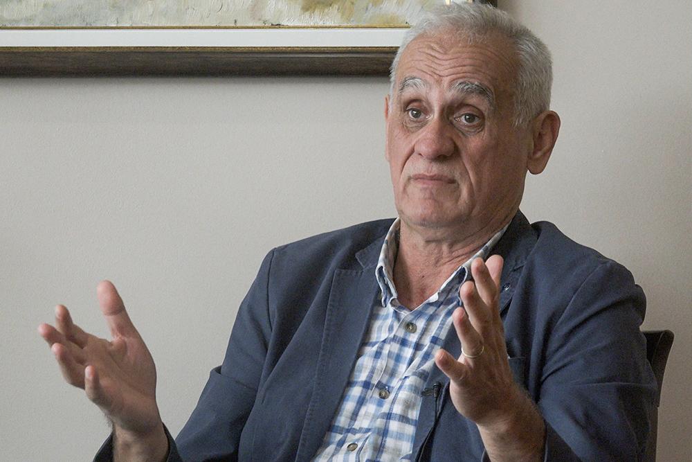 """Odbornik Mirko Zgonjanin kaže da njegova """"Astorija company"""" dobro posluje i redovno izmiruje obaveze. On je, ipak, tražio 21 hiljadu KM """"bijelog hljeba"""" iz općinskog budžeta (Foto: CIN)"""